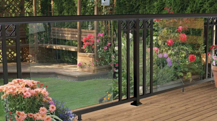railblazers-black-large-glass-panel-wide-pickets-decorative-spacers-Railing